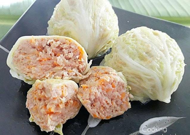 ซาลาเปาผักกาดยัดไส้อกไก่สับ